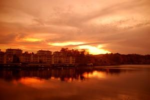 Sunset Lake Hamilton Southside