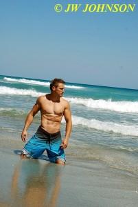 Beach Hottie Gets Wet 2