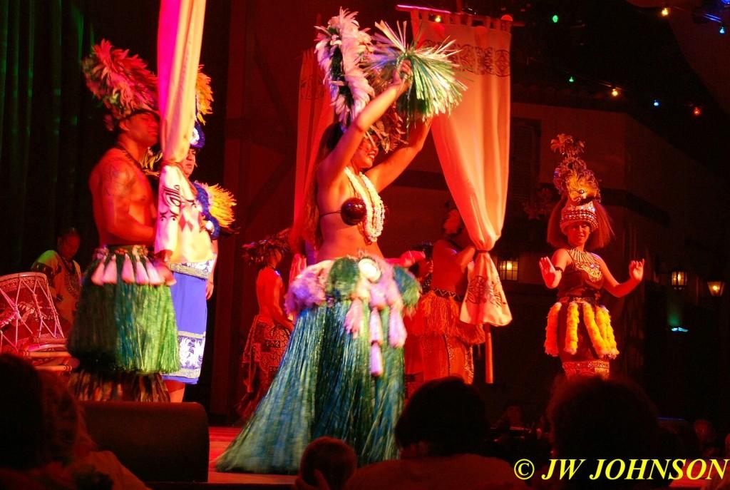 Polynesian Show Female Dancer 3