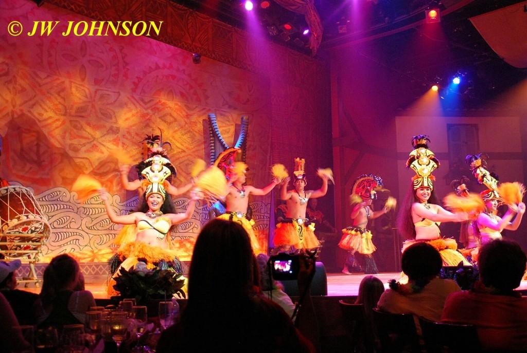 Polynesian Show Hula Dancers 2