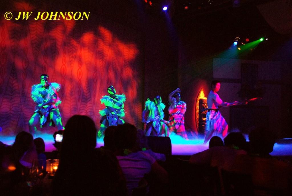 Polynesian Show Warrior Dance 3