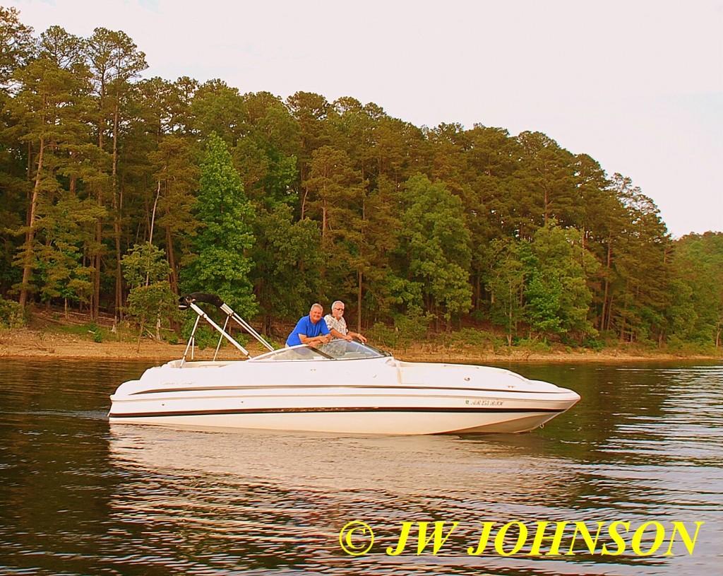 97 Nice Guys In Speedboat