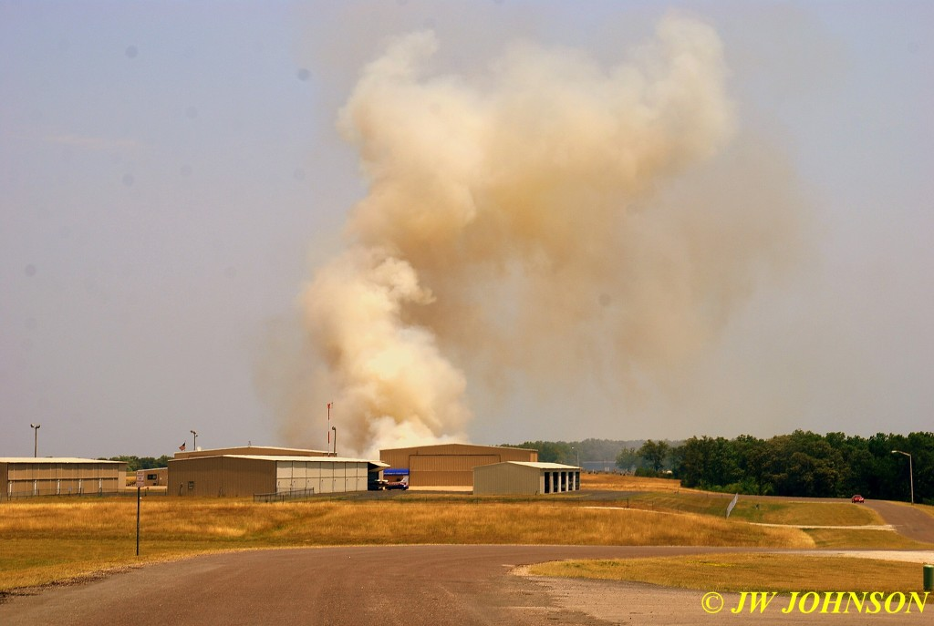 01 Large Column of Heavy Smoke