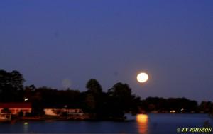 09 Moon Rises Over Lake Hamilton