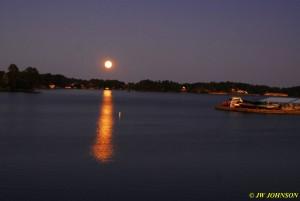11 Moon Rises Over Lake Hamilton