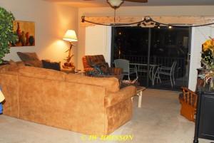 20 Condo Living Room