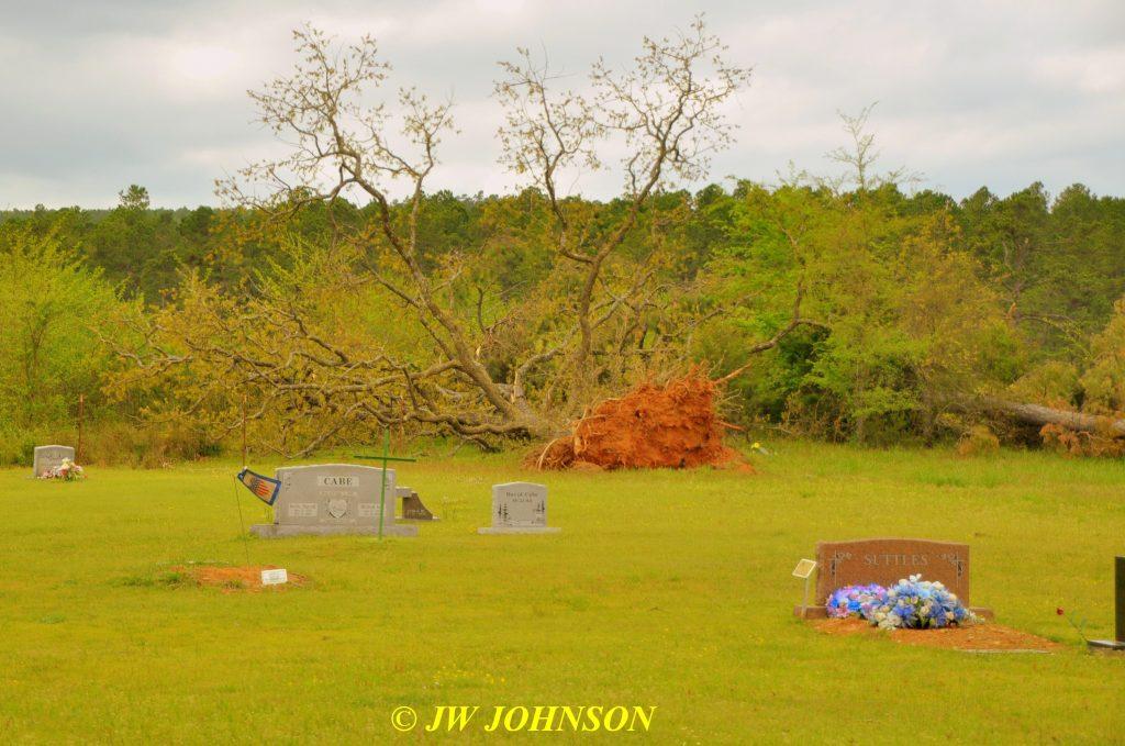 25 Tornado Damage 2016
