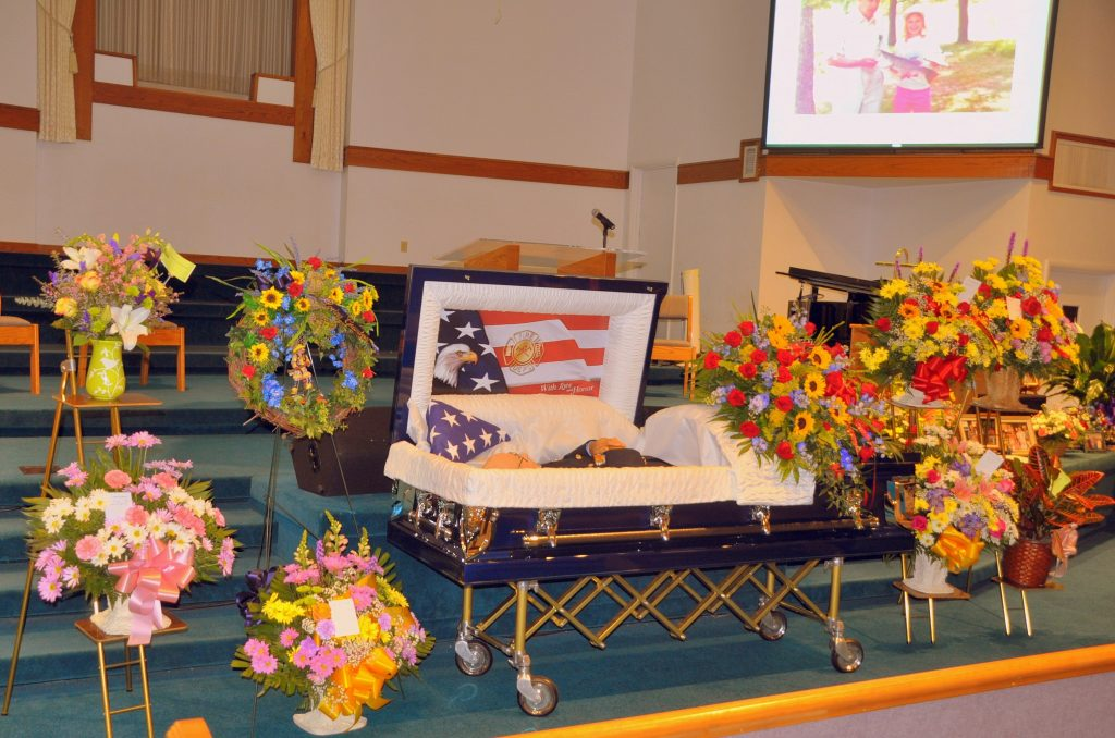 02 Beautiful Casket and Flowers