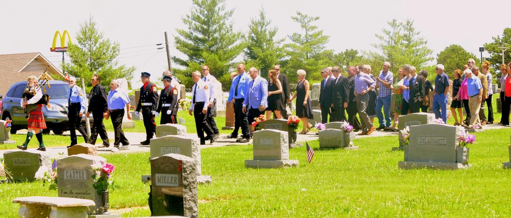 73 Procession Reaches Gravesite